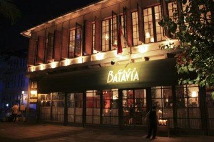 Gedung-gedung sekitar Batavia Cafe